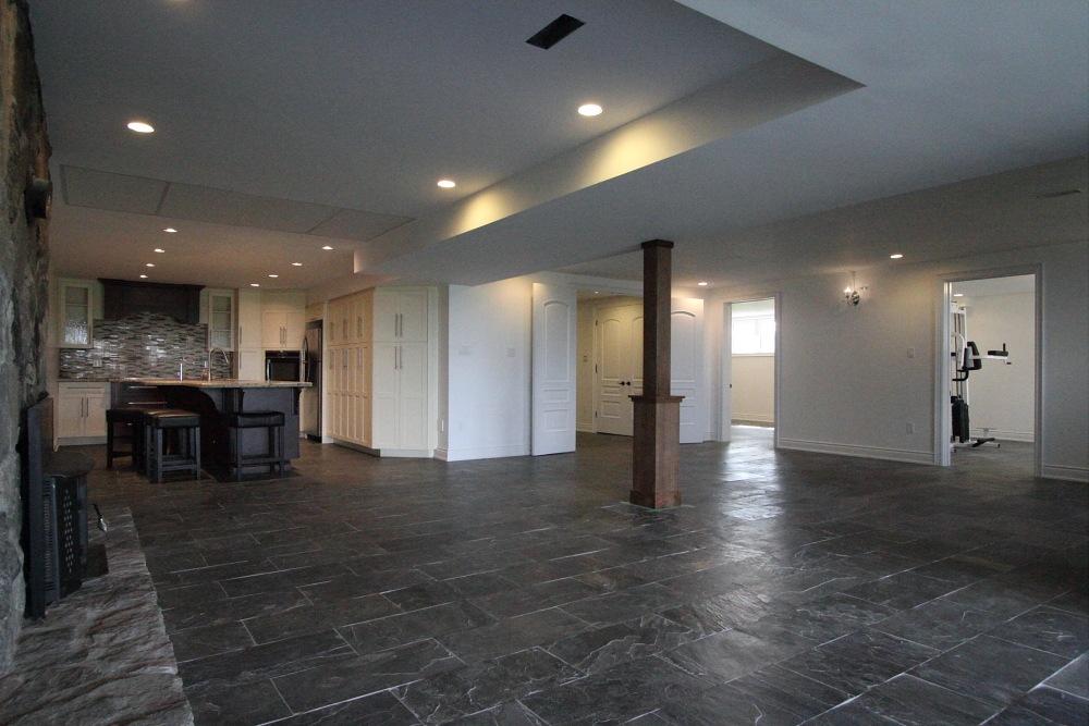 Freelton Appartement en sous-sol pour le loyer, cliquer pour plus de détails...