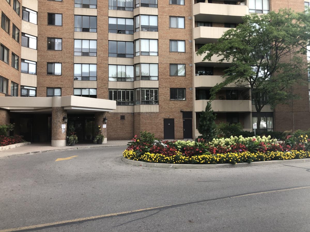 Thornhill Condominium pour le loyer, cliquer pour plus de détails...