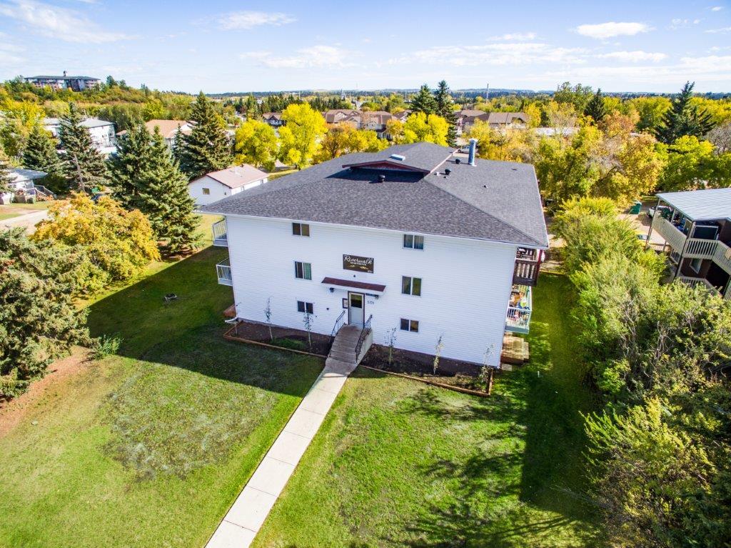 Red Deer Bachelor Suite for rent, click for more details...