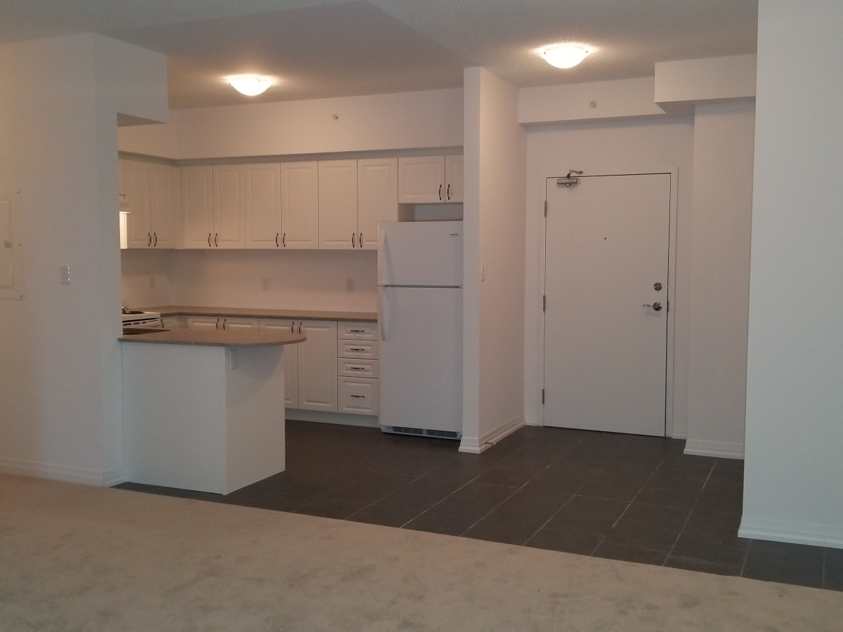 Barrie Condominium for rent, click for more details...