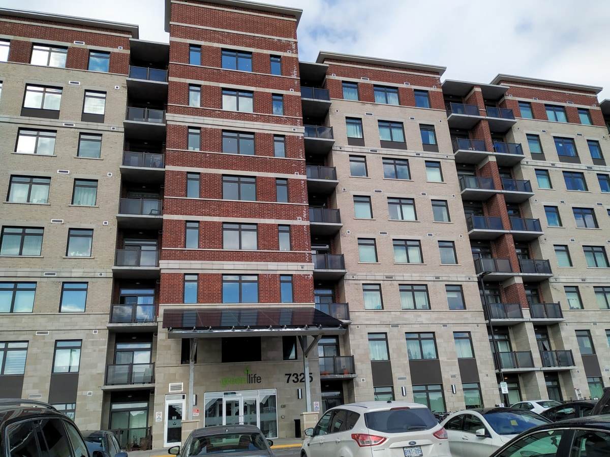 Unionville Condominium for rent, click for more details...