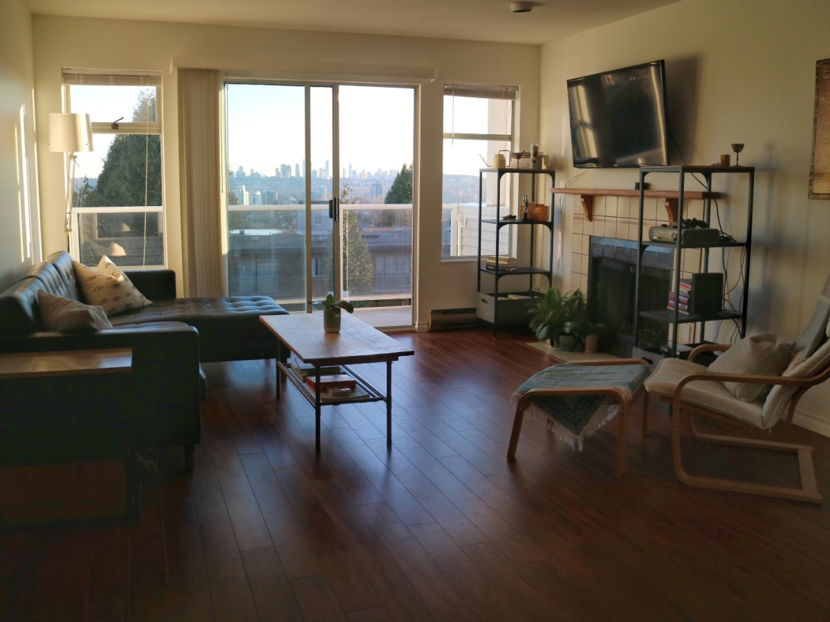 Burnaby Condominium for rent, click for more details...