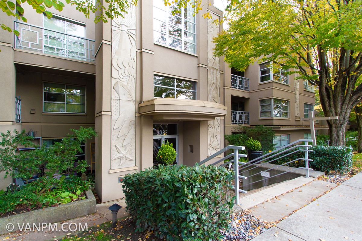 Vancouver British Columbia Condominium For Rent