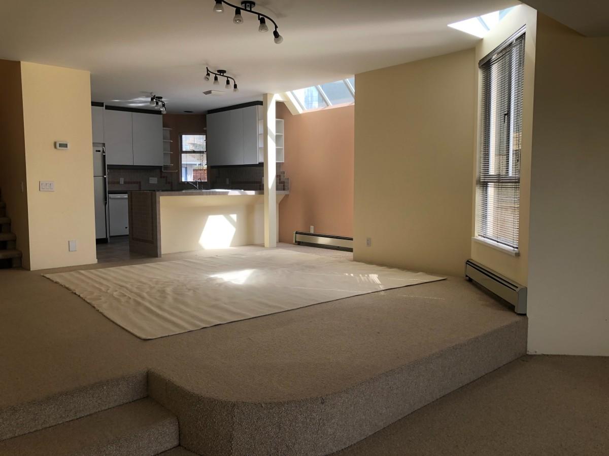 North Vancouver British Columbia Duplex For Rent