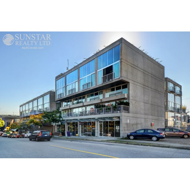 Vancouver Loft for rent, click for more details...