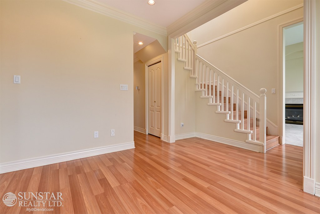 Richmond House for rent, click for more details...