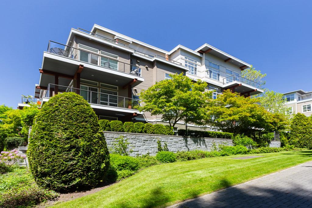 Vancouver British Columbia Condominium For Rent