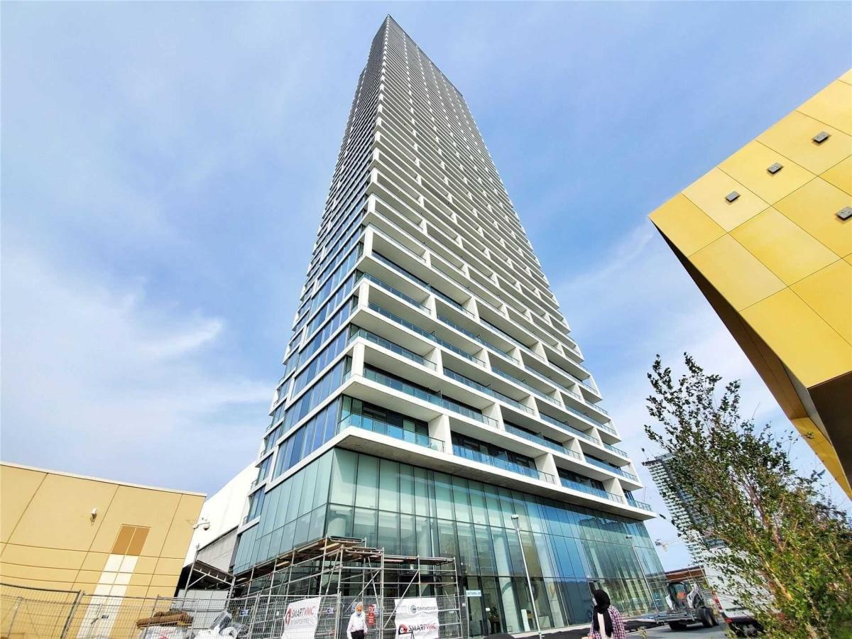 Concord Condominium for rent, click for more details...