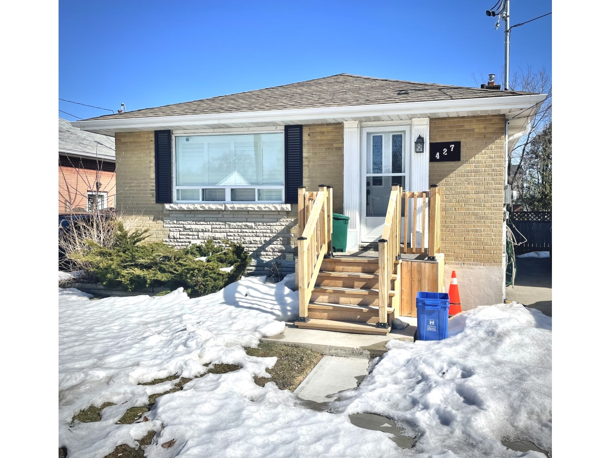 Hamilton Basement Suite for rent, click for more details...