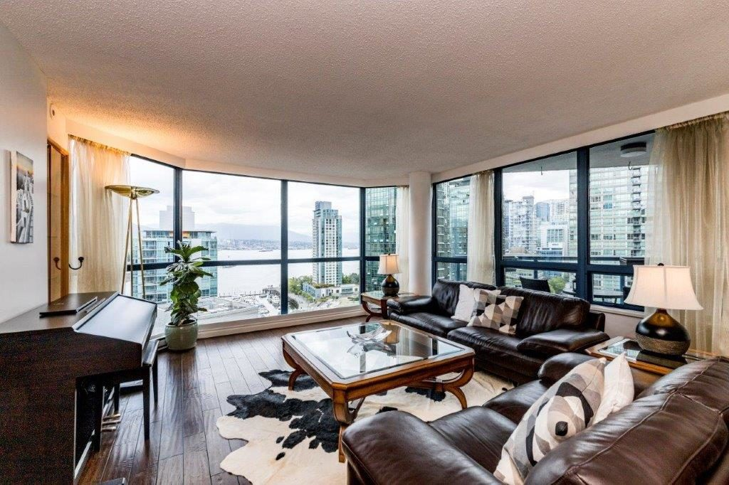 Coal Harbour British Columbia Condominium For Rent