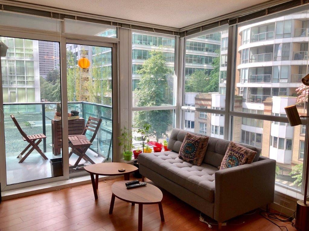 Coal Harbour British Columbia Condominium For Rent