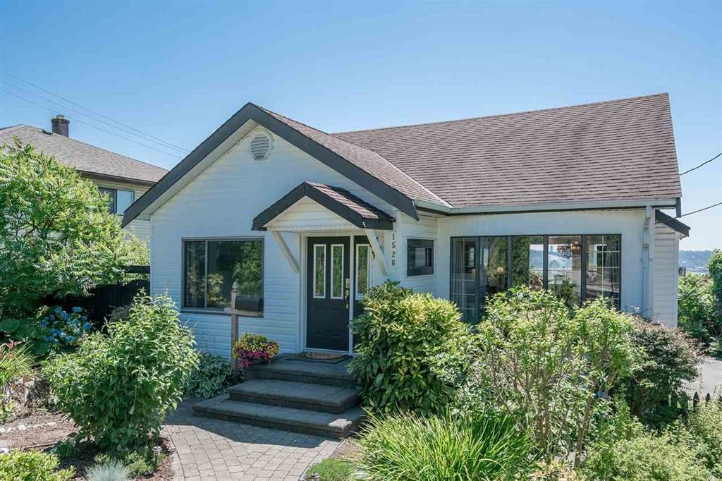 Port Moody House for rent, click for more details...