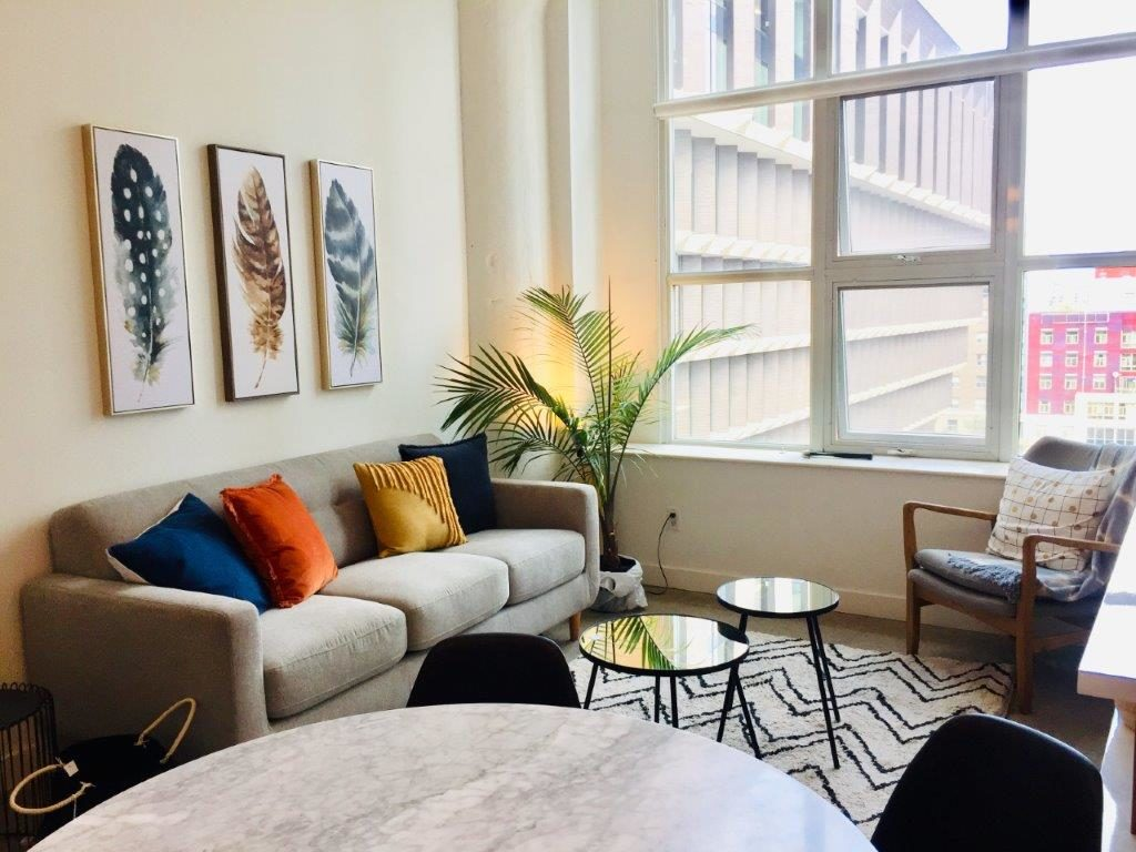 Excellent One Bedroom Toronto Central Loft For Rent Ad Id 1 124573 Home Interior And Landscaping Palasignezvosmurscom