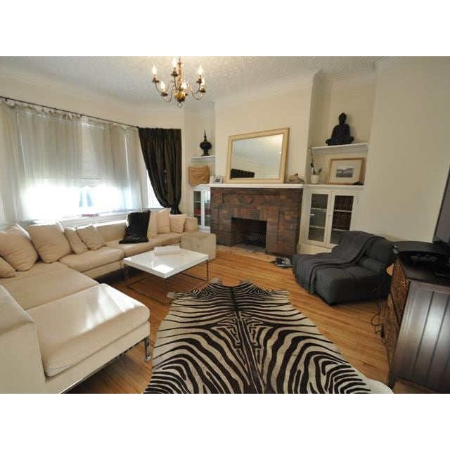 Westmount Apartment for rent, click for more details...