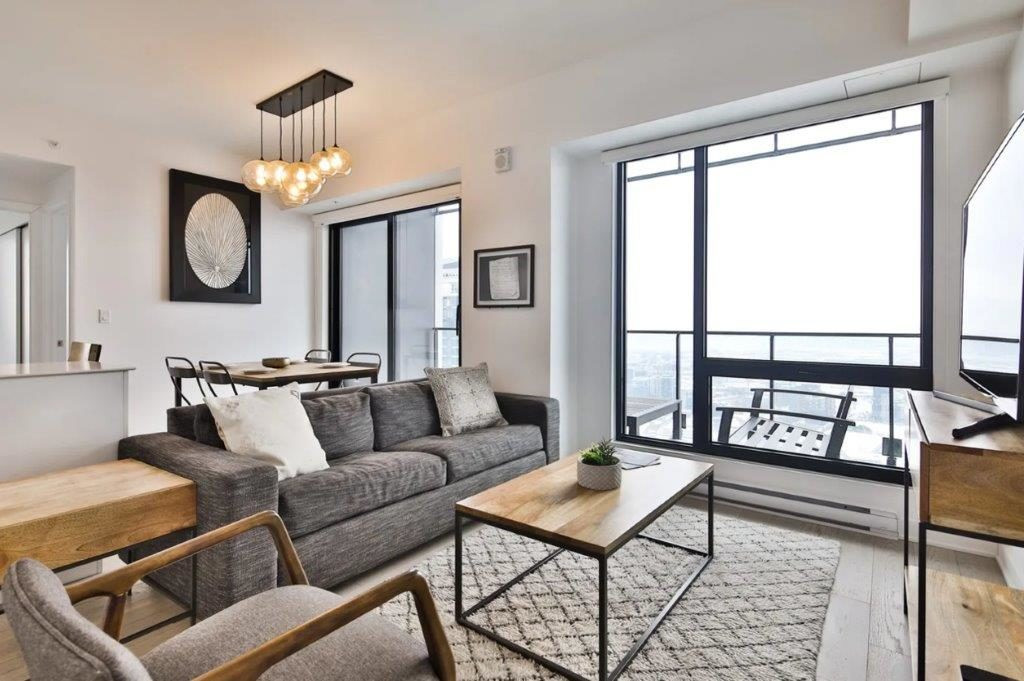 Montreal Condominium for rent, click for more details...