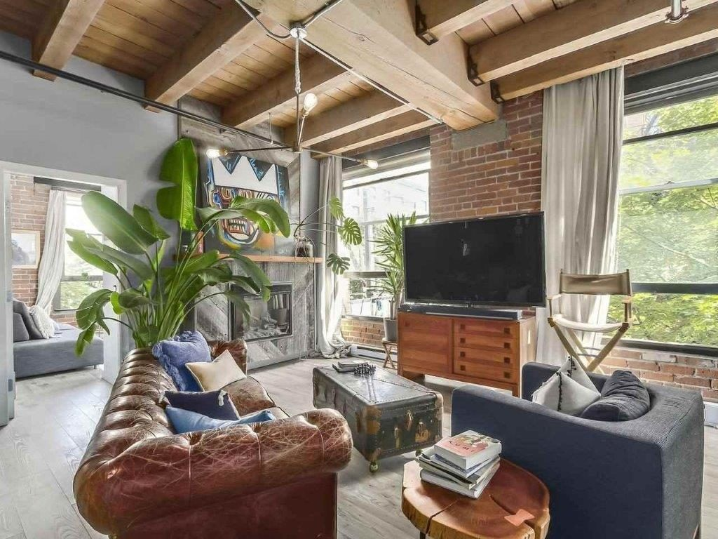Vancouver British Columbia Loft For Rent