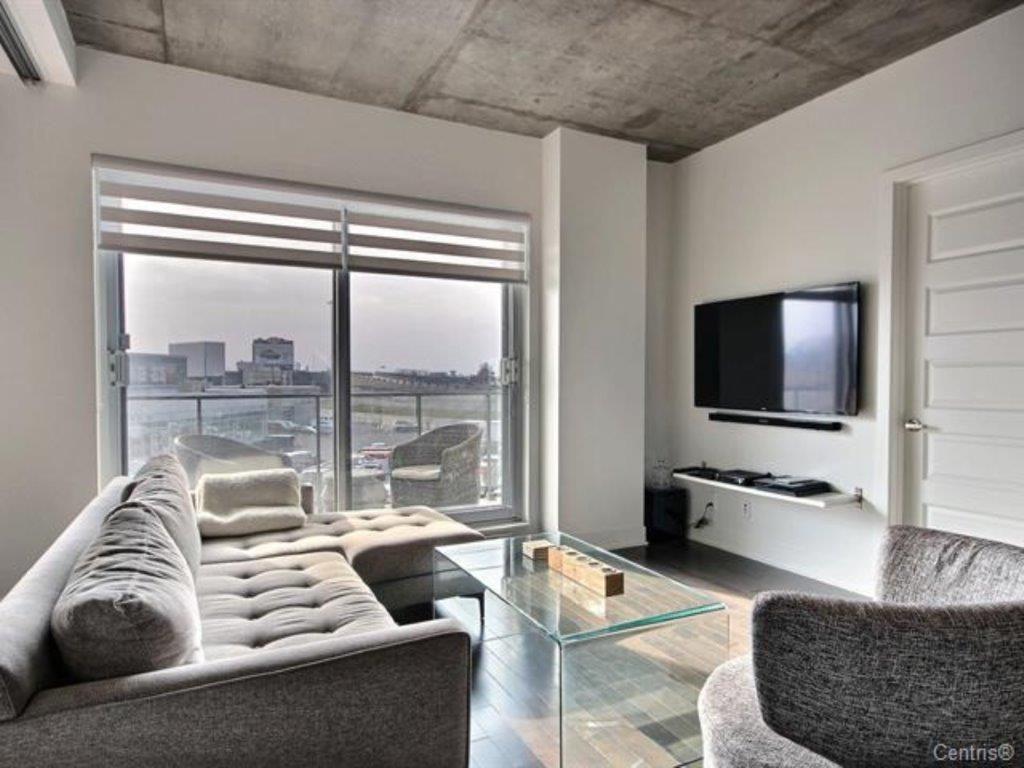 Mont-Royal Condominium for rent, click for more details...