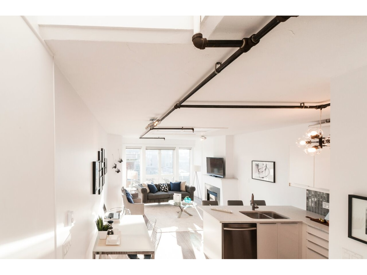 Coal Harbour Loft for rent, click for more details...