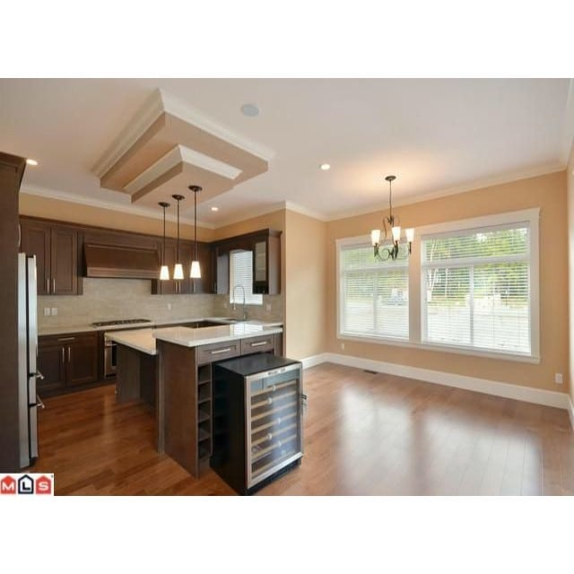 White Rock House for rent, click for more details...