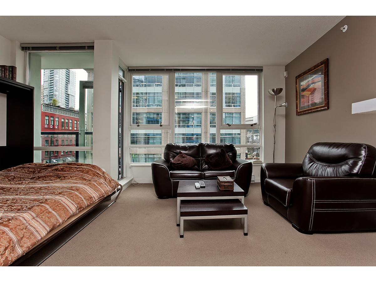 Vancouver Seasonal Rental for rent, click for more details...