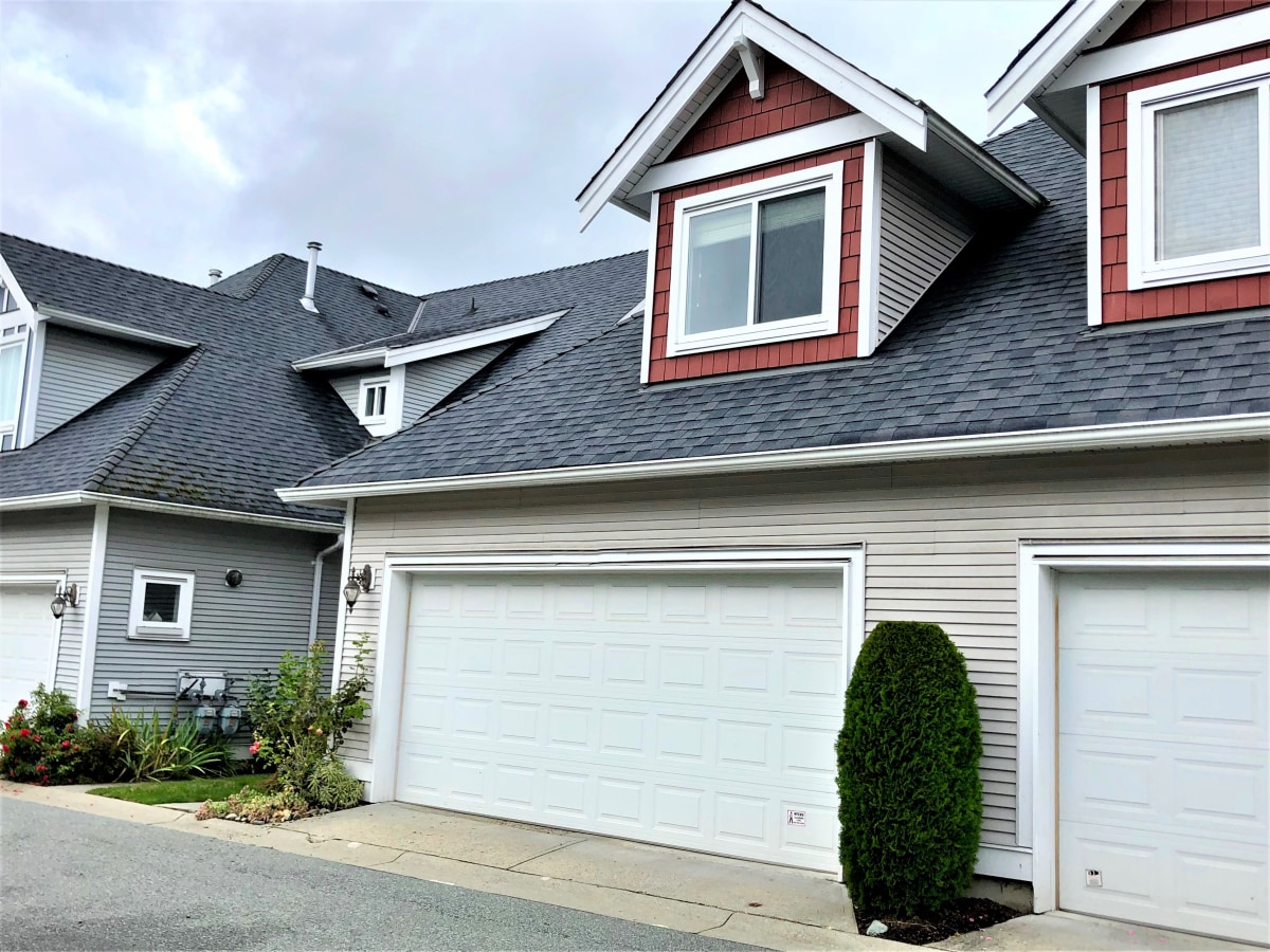 Langley Townhouse for rent, click for more details...