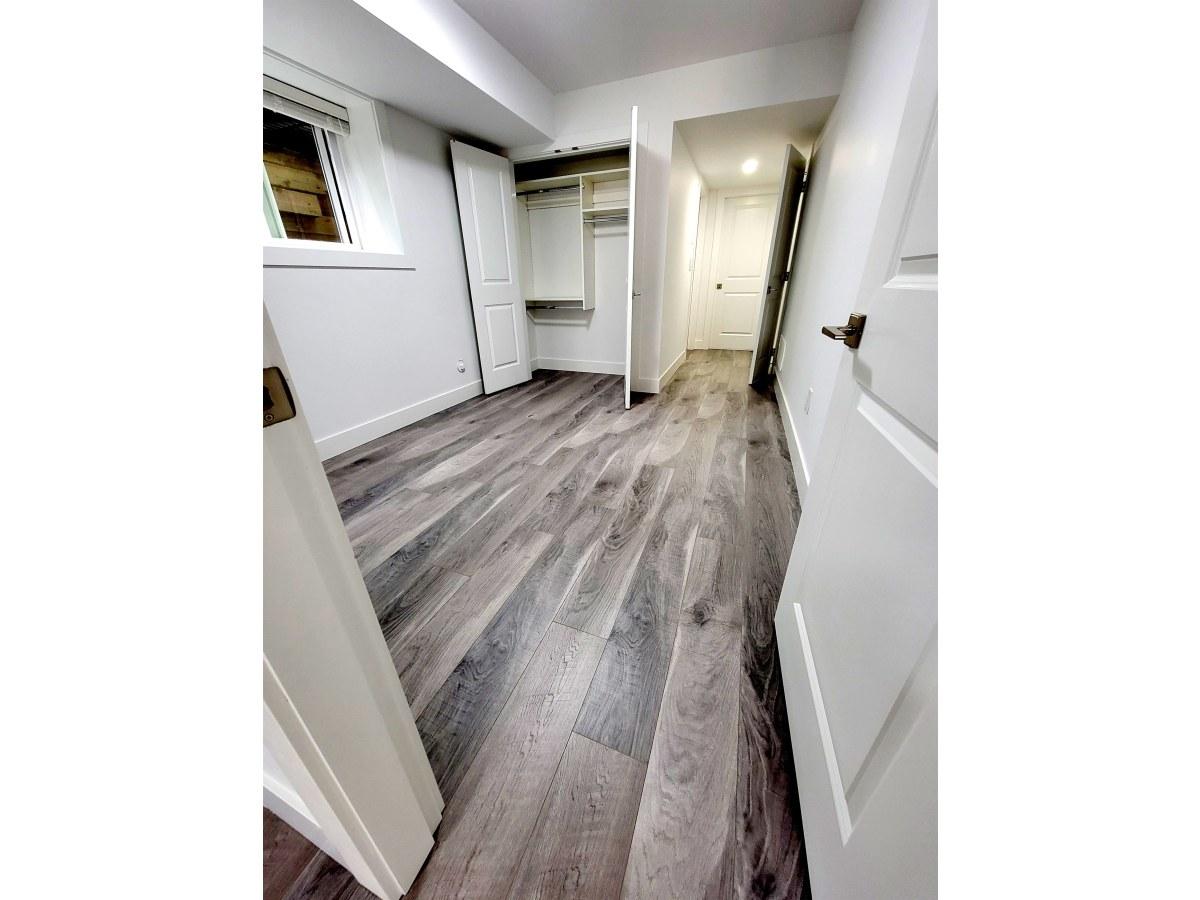 White Rock Appartement en sous-sol pour le loyer, cliquer pour plus de détails...