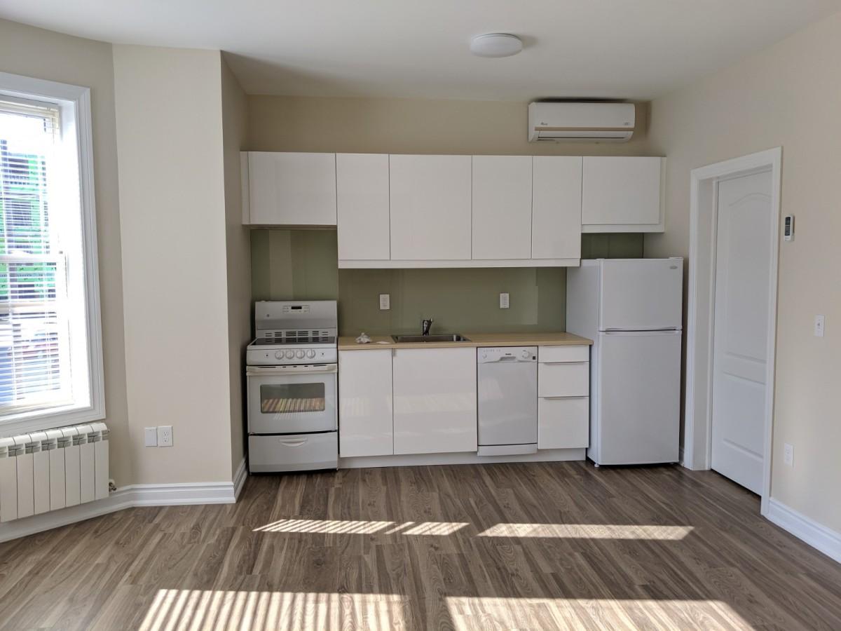 Orillia Apartment for rent, click for more details...