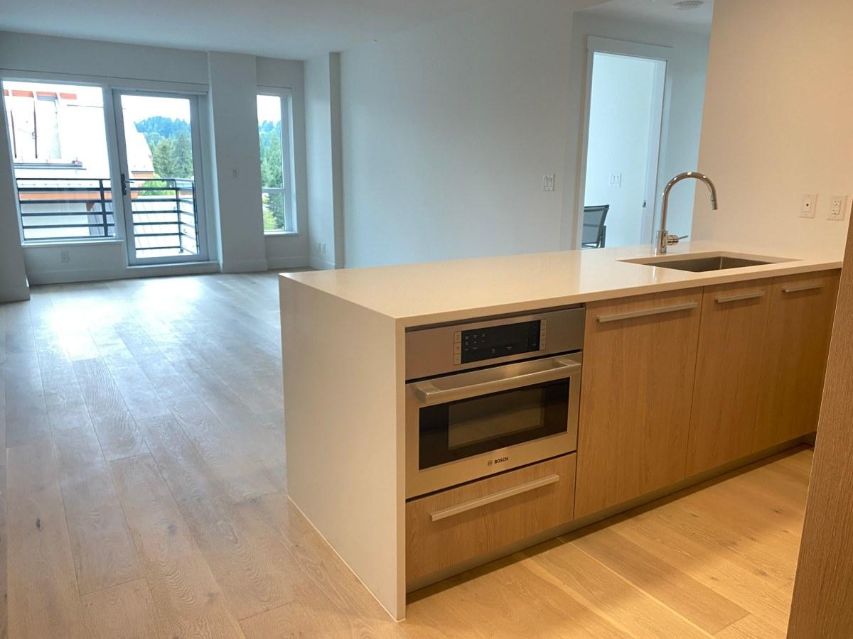 North Vancouver British Columbia Condominium For Rent
