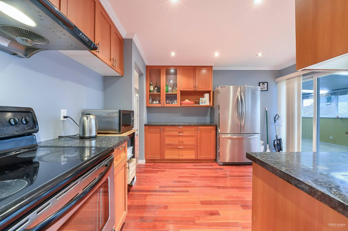 North Vancouver Maison pour le loyer, cliquer pour plus de détails...