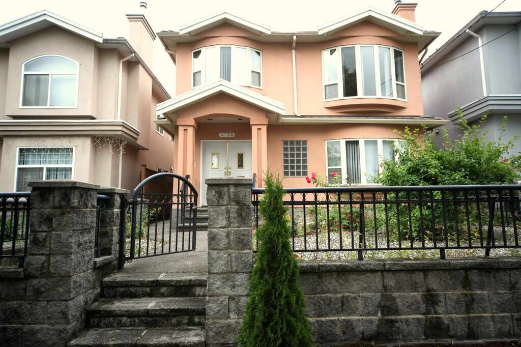 Vancouver Suite for rent, click for more details...
