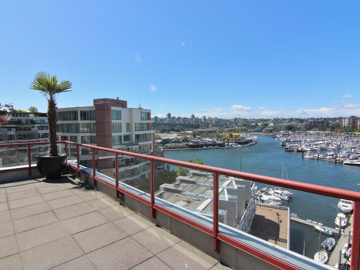 Vancouver British Columbia Loft For Rent