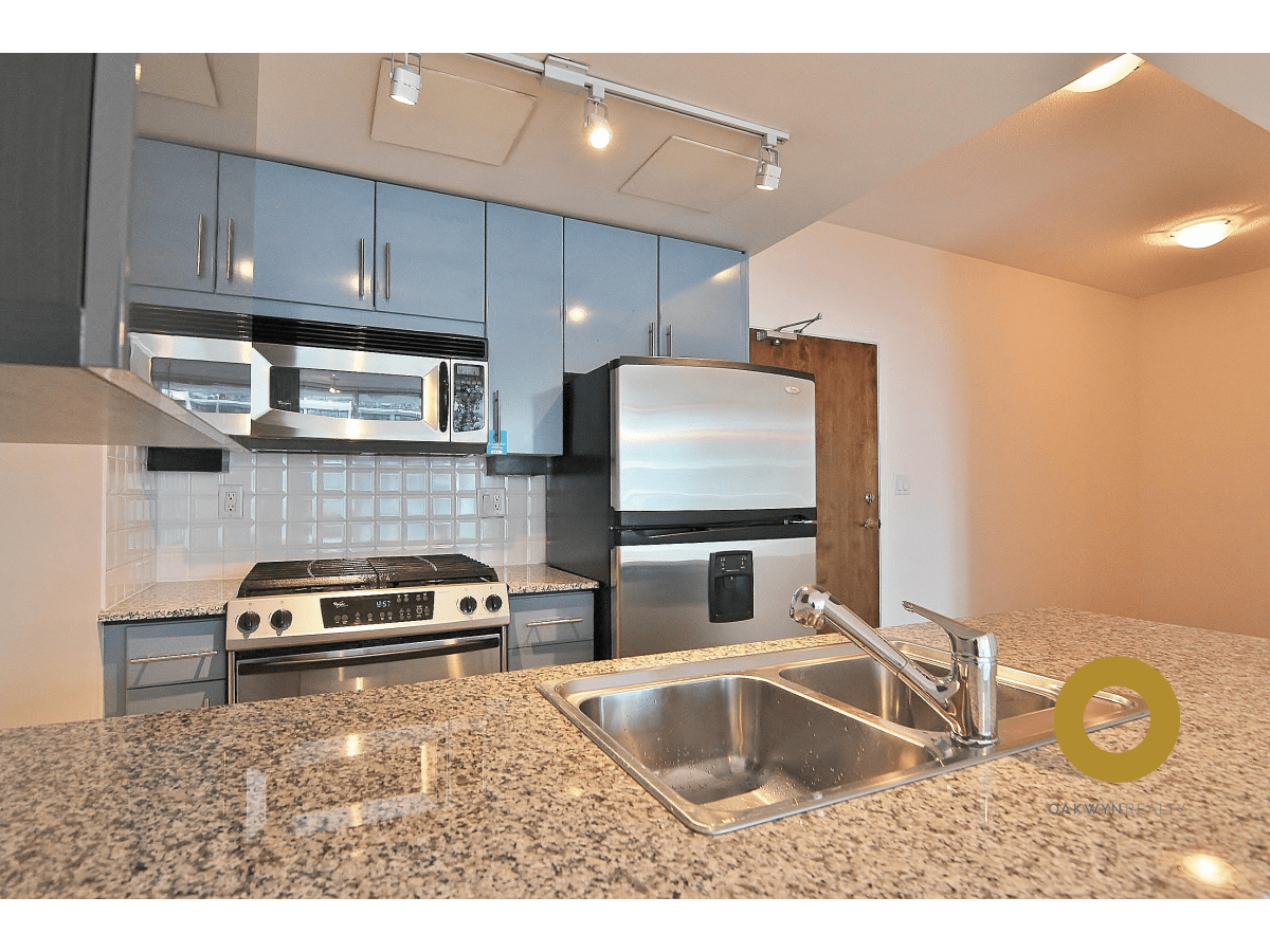 North Vancouver Apartment for rent, click for more details...