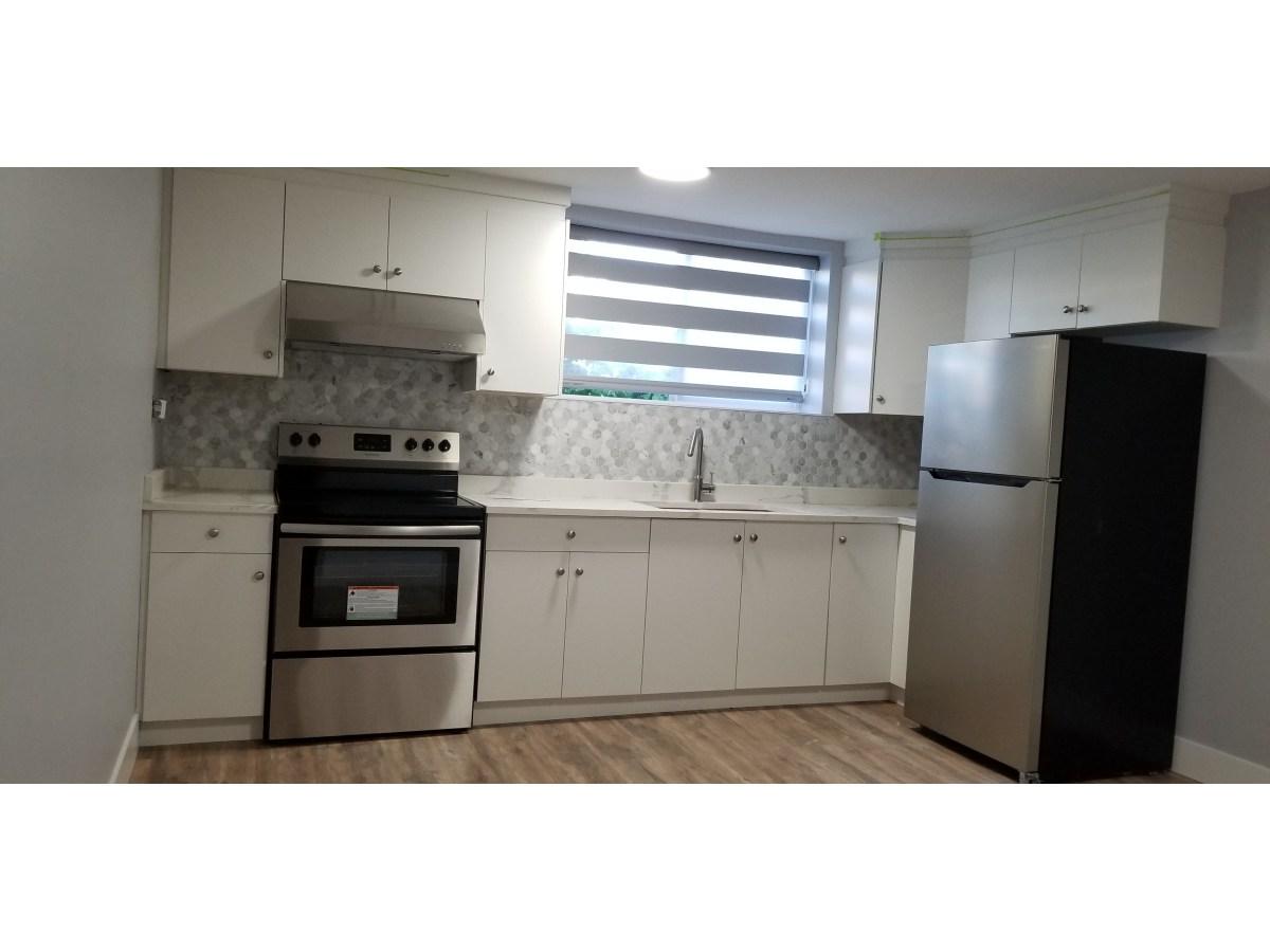 Burnaby Appartement en sous-sol pour le loyer, cliquer pour plus de détails...