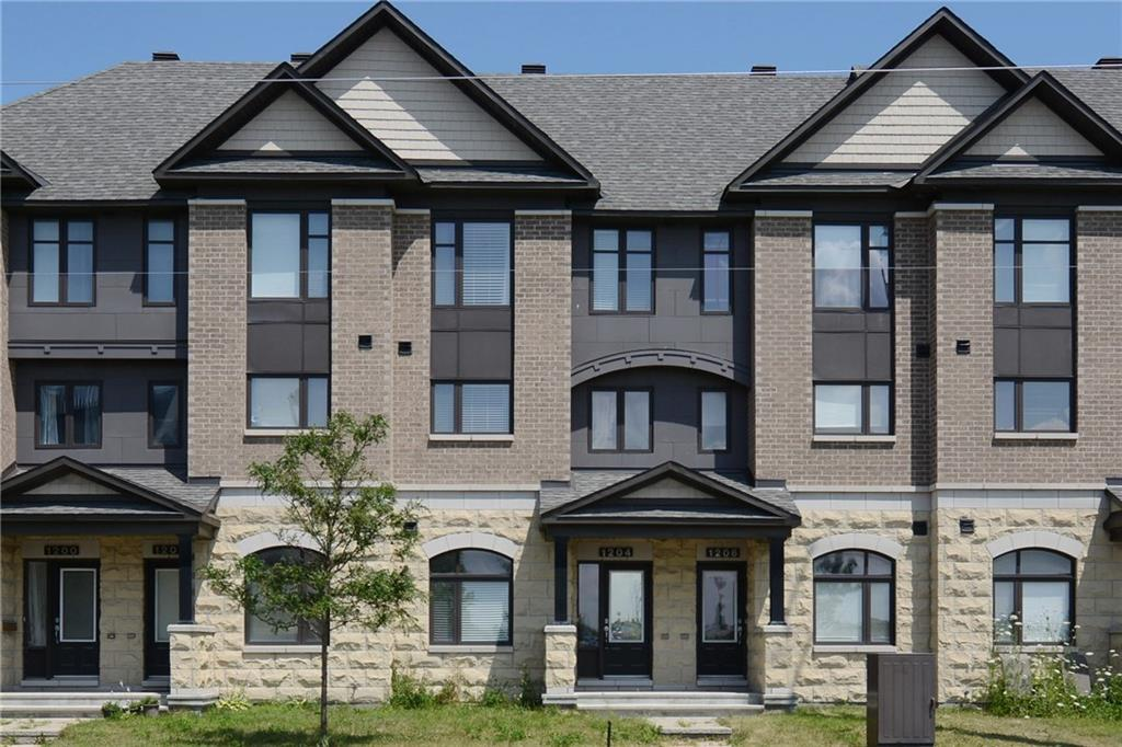 Manotick Townhouse for rent, click for more details...