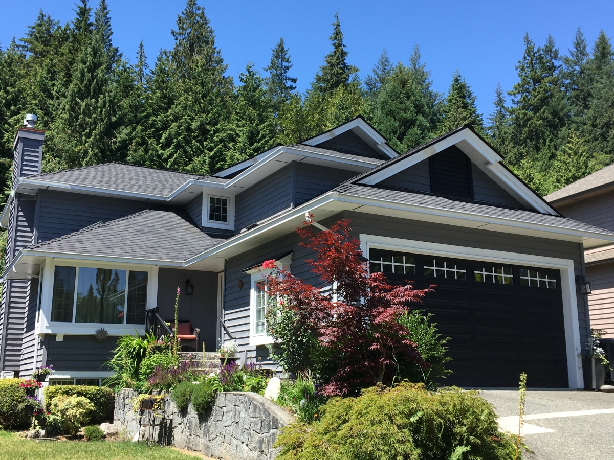 North Vancouver Basement Suite for rent, click for more details...