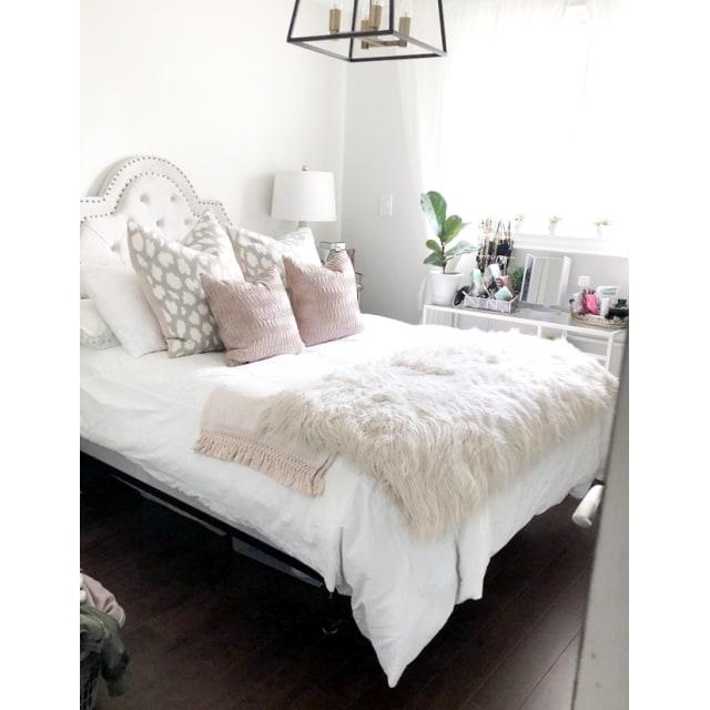 Niagara Falls Room for rent, click for more details...