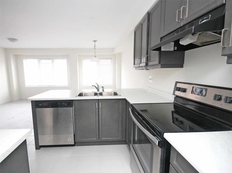 Brampton Maison urbaine pour le loyer, cliquer pour plus de détails...