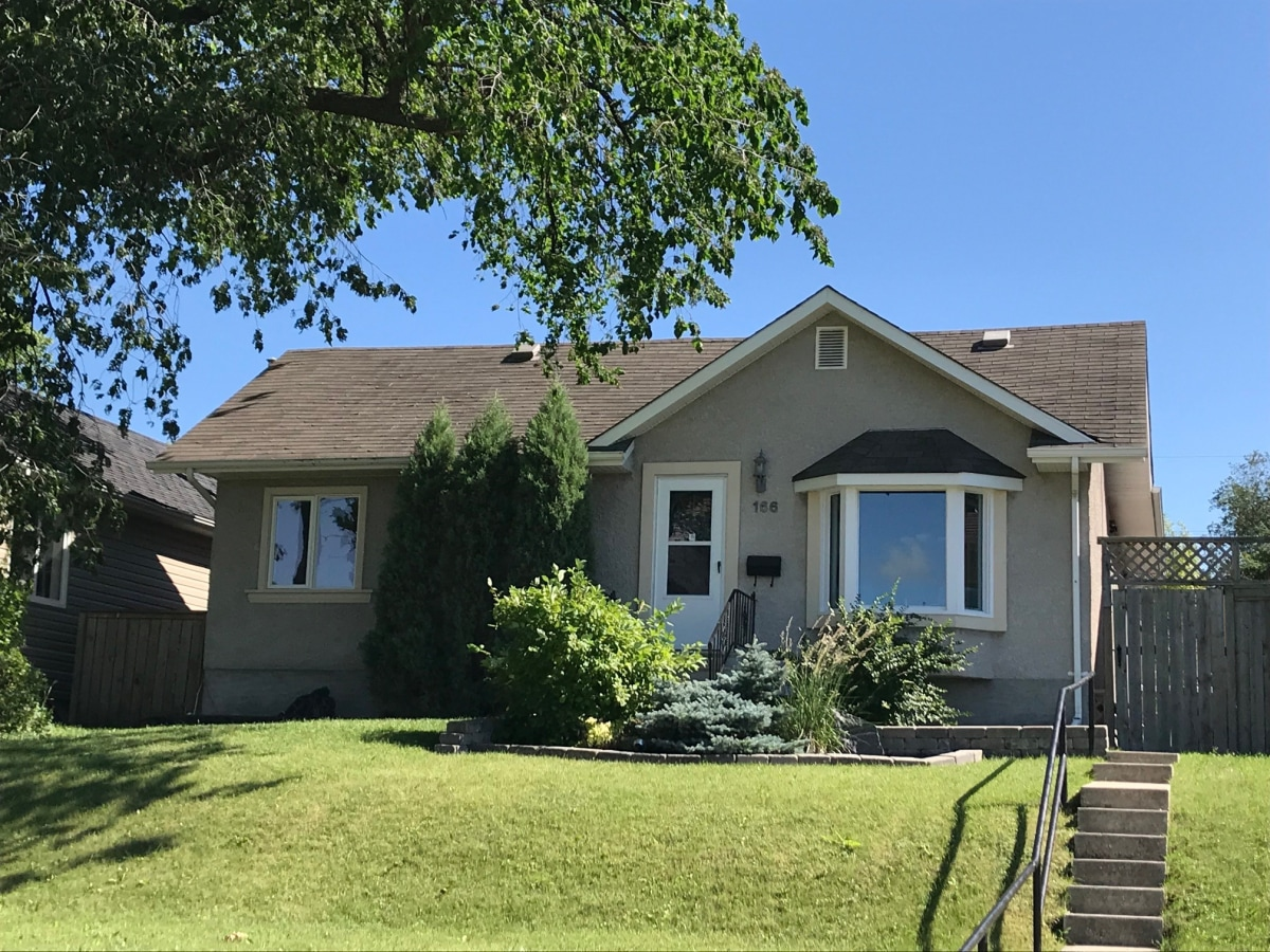 Winnipeg House for rent, click for more details...