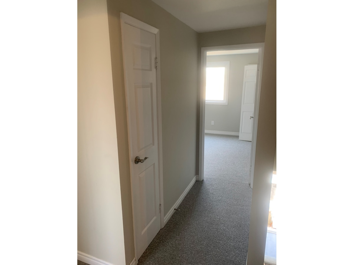 Corunna Townhouse for rent, click for more details...