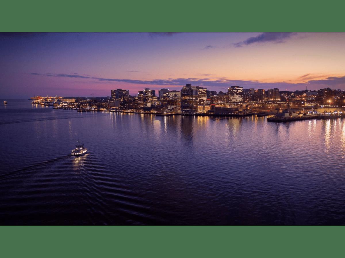 Dartmouth Condominium for rent, click for more details...