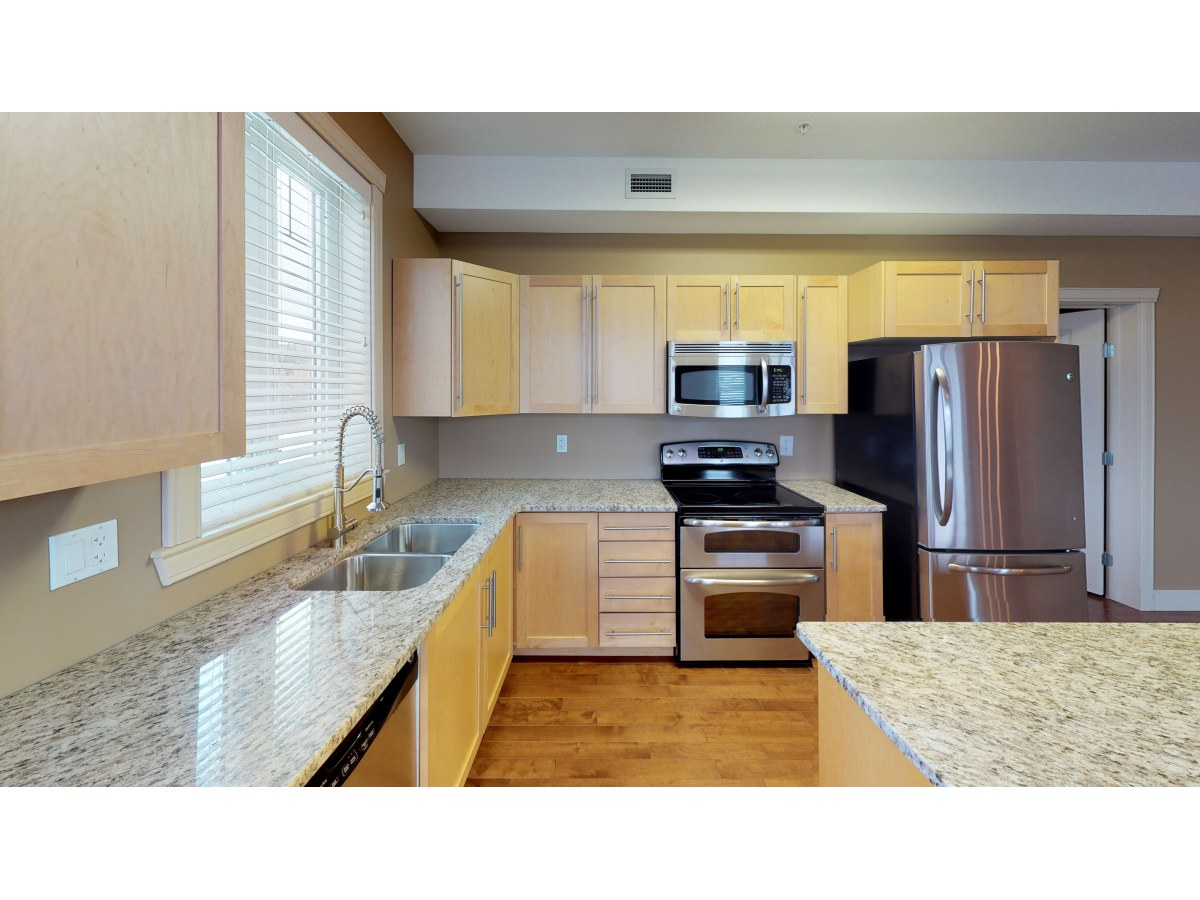 Hinton Apartment for rent, click for more details...