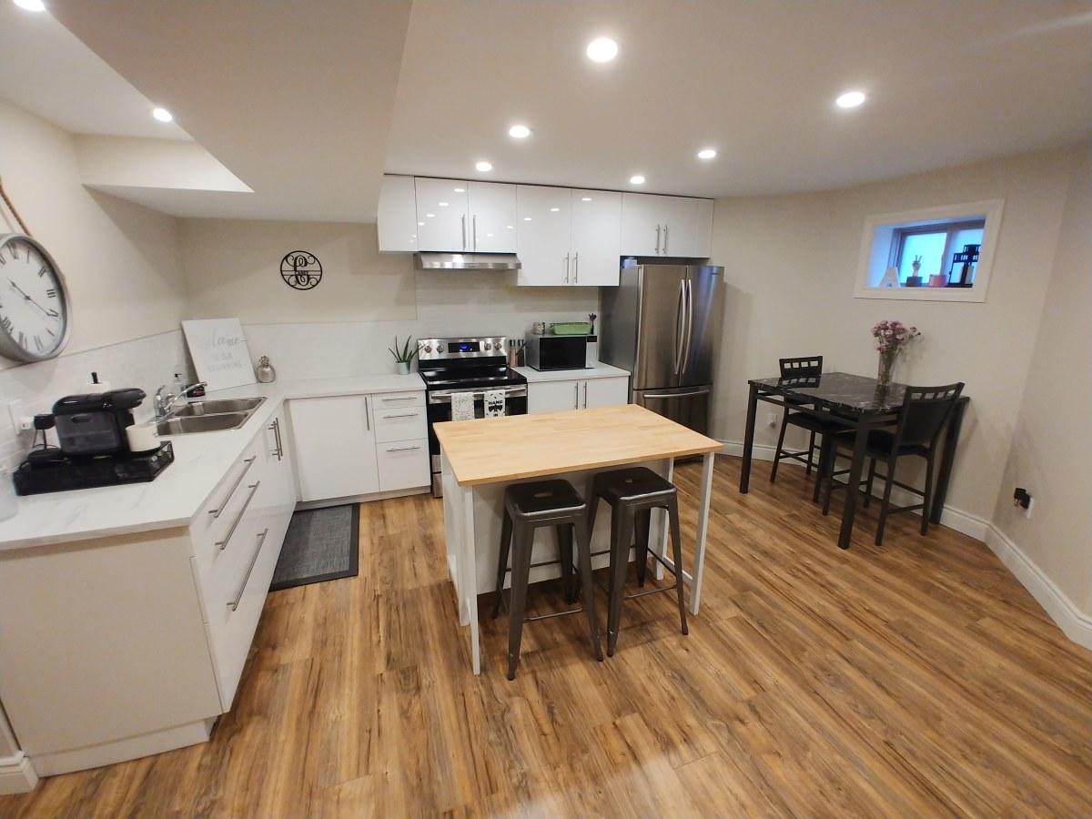 Brampton Appartement en sous-sol pour le loyer, cliquer pour plus de détails...