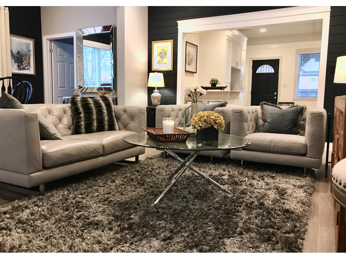 Windsor Duplex for rent, click for more details...