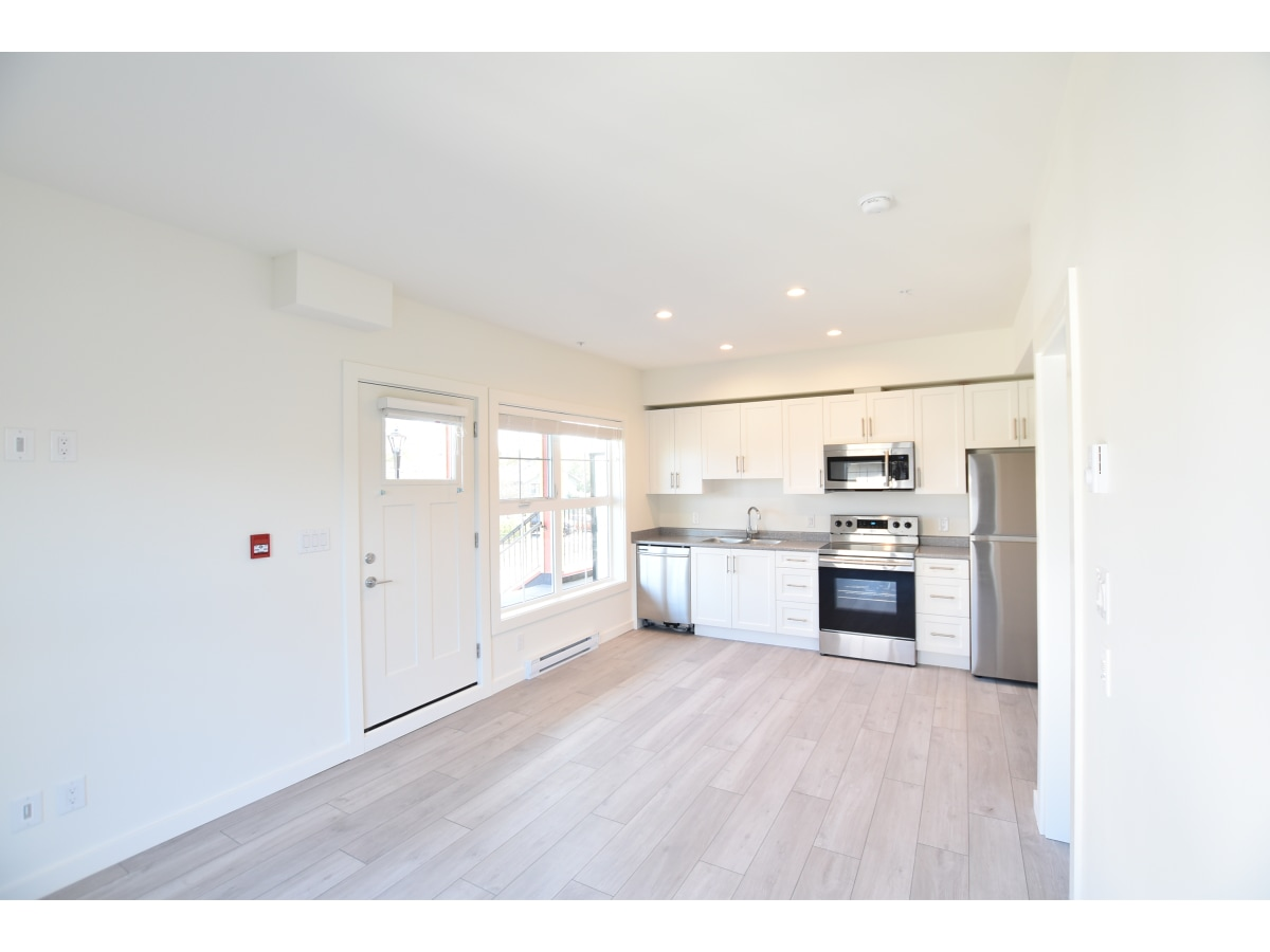 Sidney Apartment for rent, click for more details...
