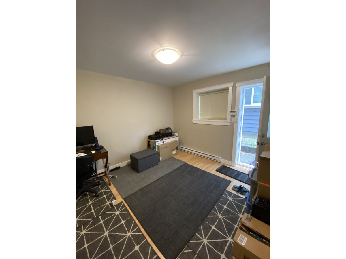 Colwood Suite for rent, click for more details...