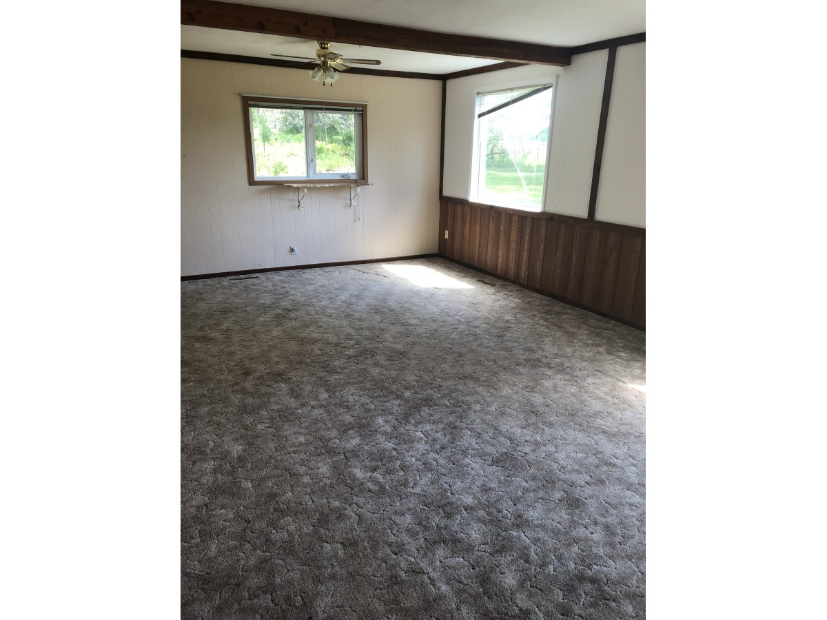 Cooking Lake House for rent, click for more details...