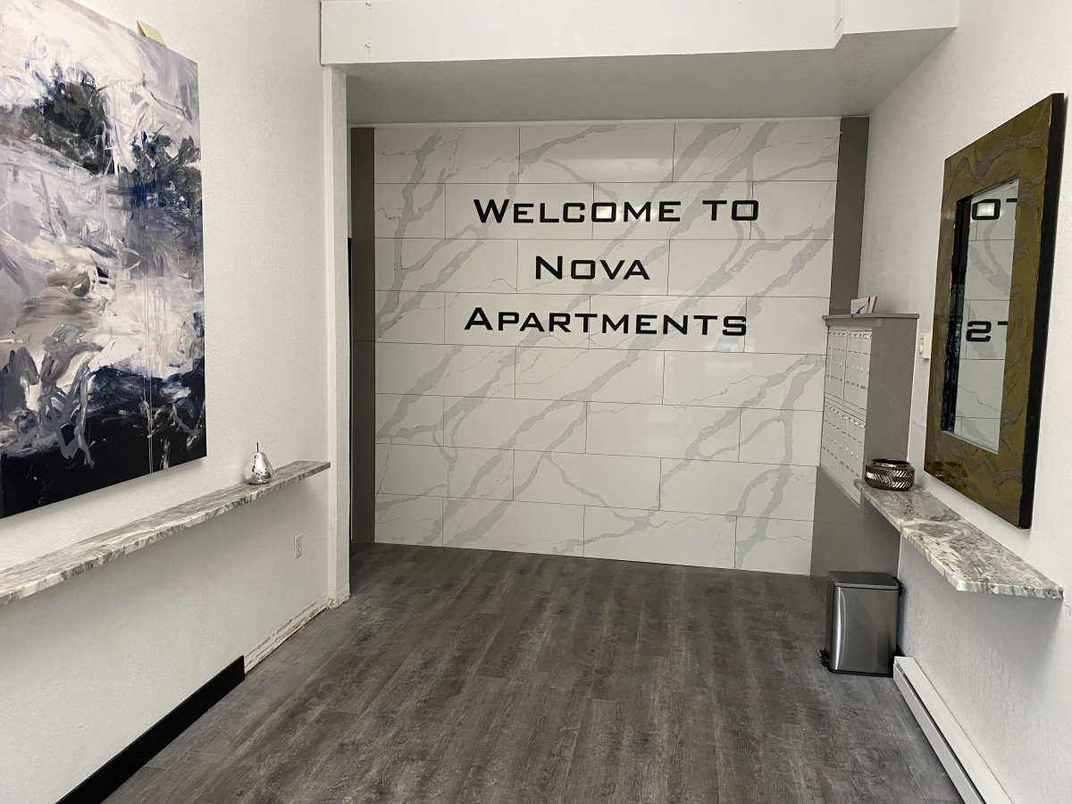 Esquimalt Apartment for rent, click for more details...