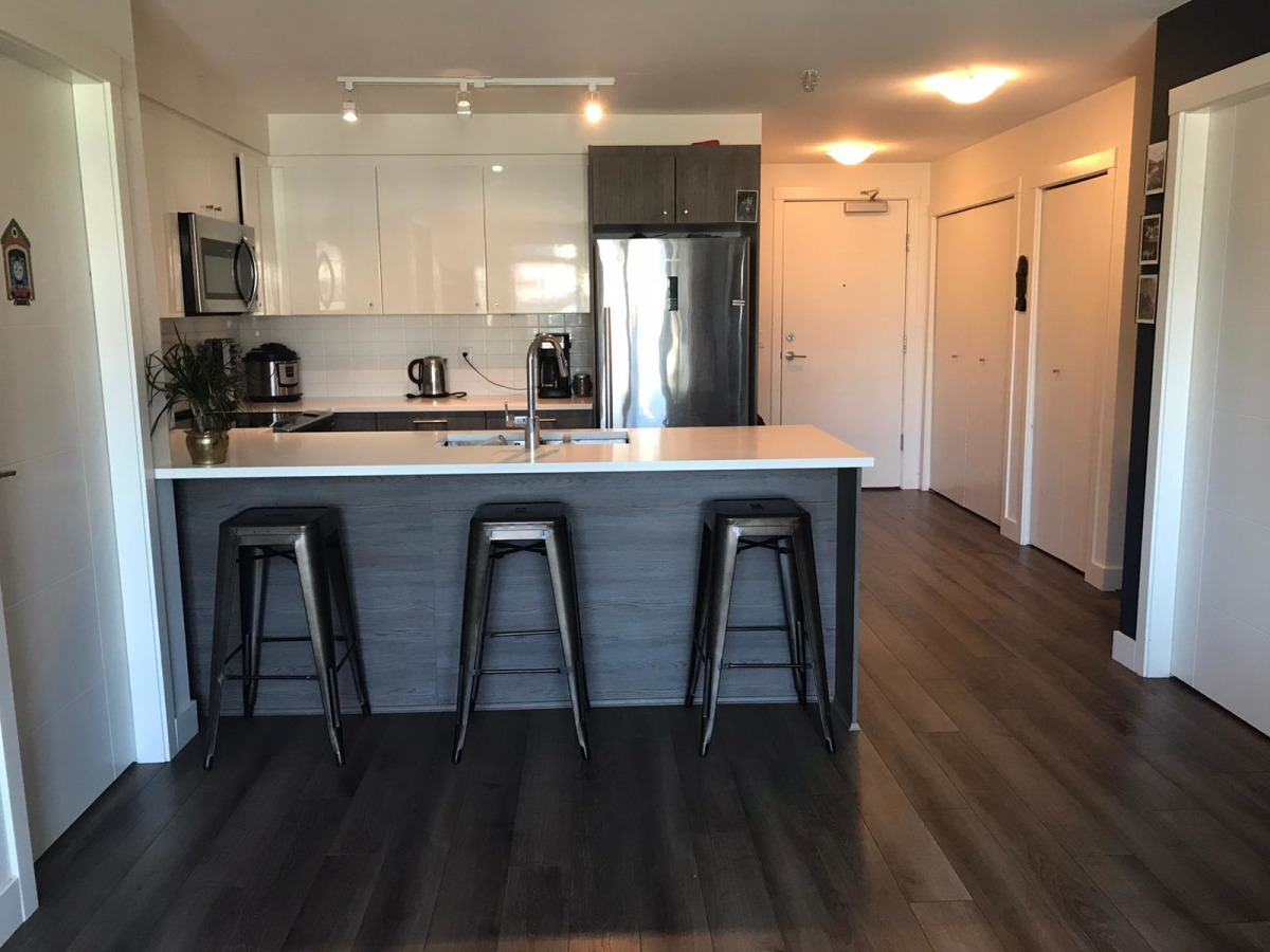 Port Moody Apartment for rent, click for more details...