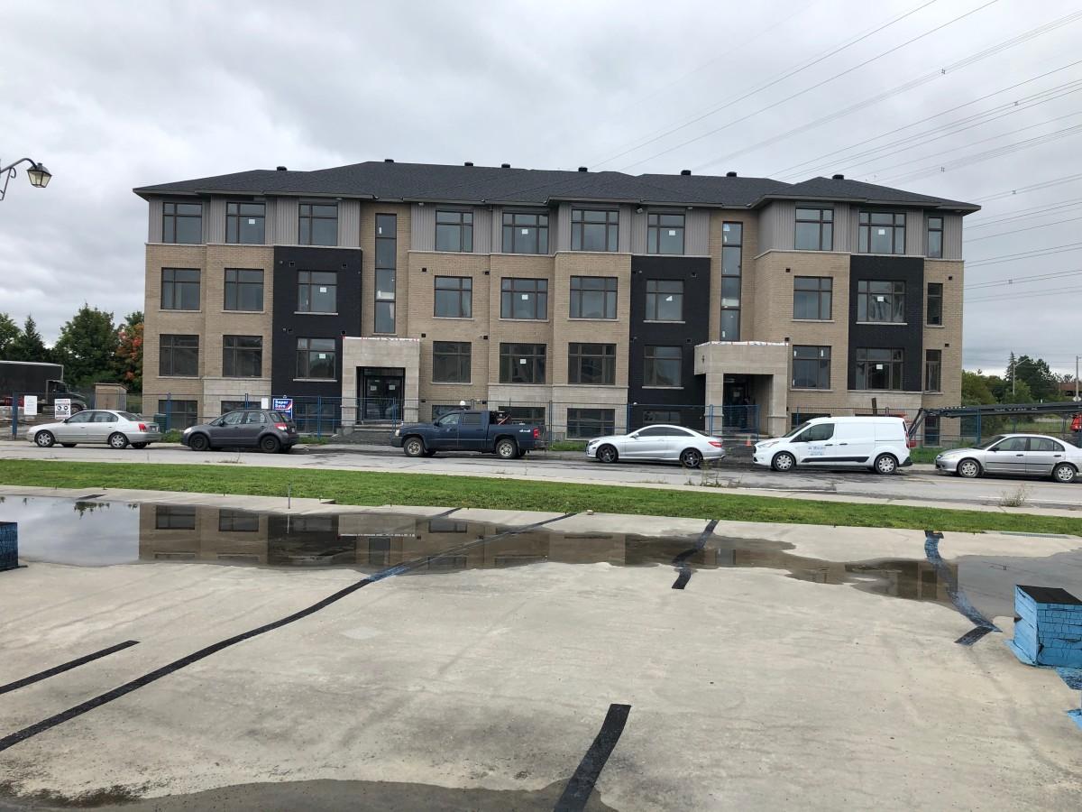 Nepean Condominium pour le loyer, cliquer pour plus de détails...