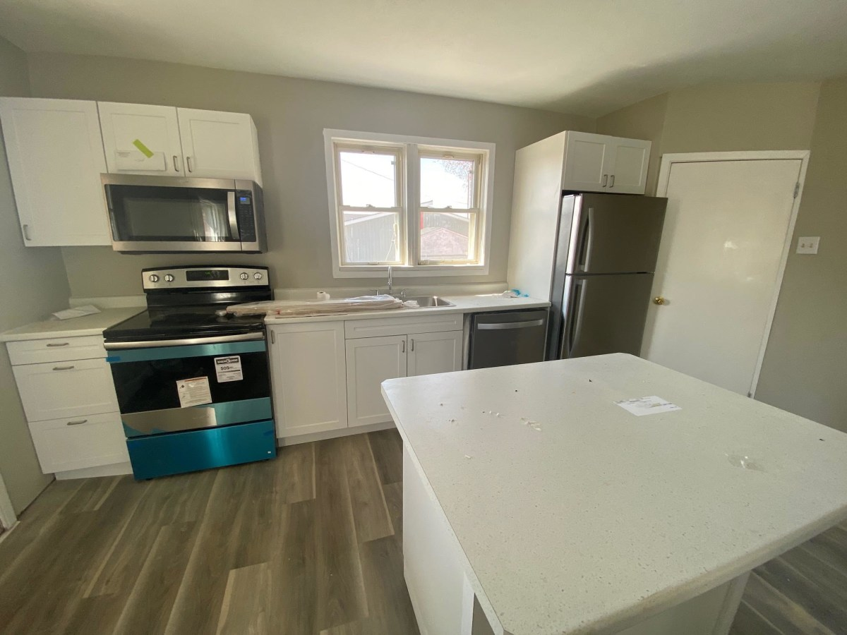 Chelmsford Apartment for rent, click for more details...